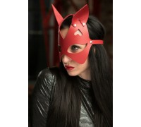 Красная маска с ушками из натуральной