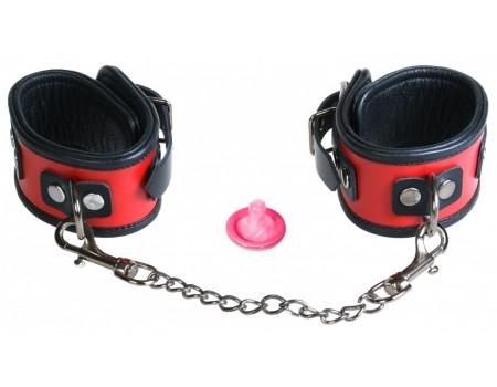 Кожаные прочные фиксаторы на ноги с цепью Toyfa